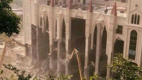 画像 : 教会を破壊・・・中国で...